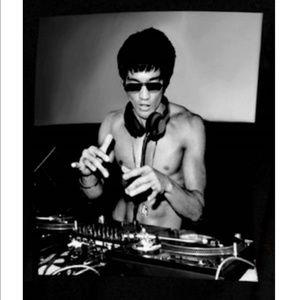 classcic shop for another chance Bruce Lee DJ martial art artist T-Shirt M L XL NWT NWT
